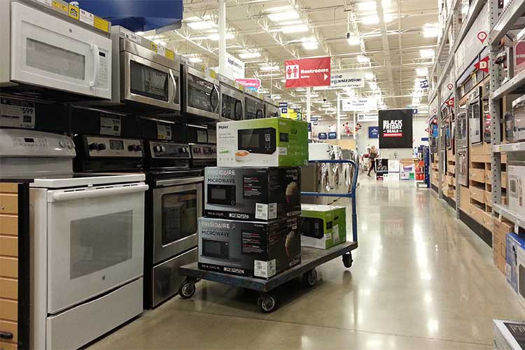 Electronic and Homemaker Store
